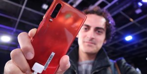 Huawei P30 Ön İnceleme - Bu Renk Başka Yerde Yok!