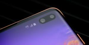 Samsung, Mükemmel Tam Ekran Üzerinde Çalışıyor