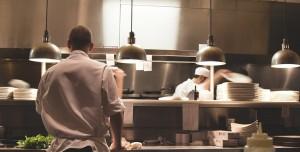 Yeni Başlayanlar için En İyi 7 Yemek Yapma Rehberi