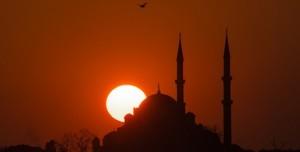 Ramazan Ayı ve Bayram Tatili Ne Zaman? Ramazan İmsakiyesi 2019 - İftar ve Sahur Vakitleri