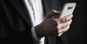 Web Sitesi / Sosyal Medya: Markalar için Hangisi Daha İyi?