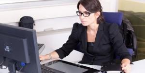 E-posta Adresinin Geçerli Olup Olmadığı Nasıl Kontrol Edilir?