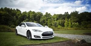 Tesla İlk Kez Yıllık Kar Açıkladı
