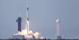 Crew Dragon Uzaya Fırlatıldı: İlk İnsanlı Uçuş! İşte Fırlatma Anı