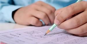 COVID-19 Testi Pozitif Olan Adaylar YKS'ye Nasıl Girecek?