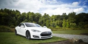 """Tesla """"Seviye 5"""" Otonom Sürüş Teknolojisine Çok Yakın!"""