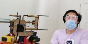 Ünlü YouTuber Maske Fırlatan Silah Yaptı