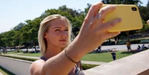 Instagram Silinen Fotoğrafları ve Mesajları Bir Yıl Saklamış: 'Hata Olmuş'