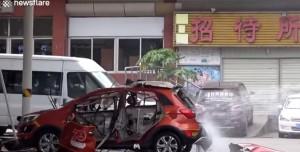 Şarj Sırasında Patlayan Elektrikli Araba Korku Saçtı