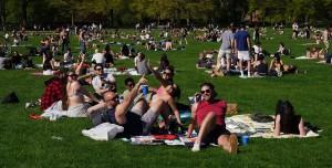 7 İlde Hafta Sonu Sokağa Çıkmak ve Parka Gitmek Yasaklanabilir