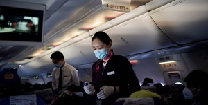 Uçak Yolculukları için Korkutan İtiraf: Binlerce Kişi Virüs Kapmış Olabilir!