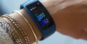 Samsung Galaxy Fit 2 Satışa Sunuldu! İşte Fiyatı ve Özellikleri