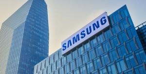Samsung 10,000 PPI Ekran Üretti!