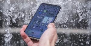 Suya Düşen Telefon Nasıl Tamir Edilir?