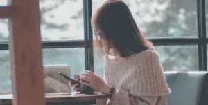 İnsanlar Hayatının Yaklaşık 9 Yılını Telefon Kullanarak Geçiriyor