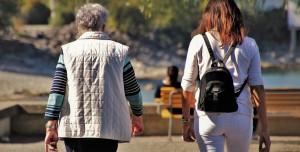 Hızlı Yürümek, Yaşlı Kadınların Hipertansiyon Riskini Düşürüyor!