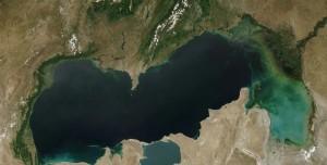 Dünyanın En Büyük Gölü Küçülüyor!