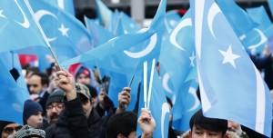 Twitter Çin'in Uygur Kadınlarını Aşağılayan Paylaşımını Sildi