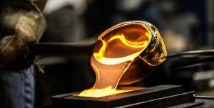Maddenin Yeni Hali Keşfedildi: Sıvı Cam (Liquid Glass) Nedir?