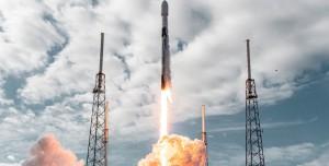 SpaceX'ten Dünya Rekoru: Tek Seferde Yüzden Fazla Uydu Fırlattı