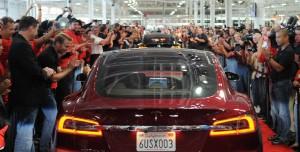 Tesla Yazılım Kodları Çalındı mı? Eski Çalışanına Dava Açtı