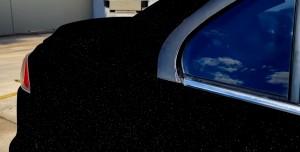 Yerçekimini Ortadan Kaldıran Dünyanın En Siyah Arabası