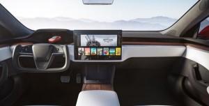 Yeni Tesla Model S Cyberpunk 2077 ve Witcher 3 Çalıştırabilecek!