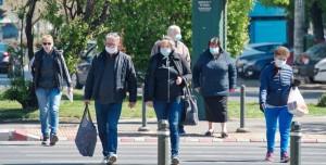 Bilim Kurulu Üyesi Uyardı: Bu Yüz Maskelerini Toplu Alanlarda Kullanmayın!