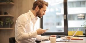 Mesaide Cep Telefonuyla Oynayan Çalışana Yargıtay'dan Şok Karar