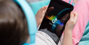 TikTok Çocuk Güvenliğini İhlal mi Ediyor? Avrupa'da Dava Açıldı