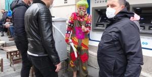 Yerli Joker: Taksim'de Selfie Çektiren Palyaço Tutuklandı