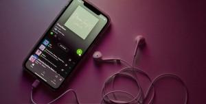 Facebook ve Spotify'dan Dev Ortaklık: Clubhouse'a Rakip Olacak