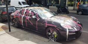 1 Milyon TL'lik Porsche'yi Spreyle Boyadılar: 1 Nisan Şakası!