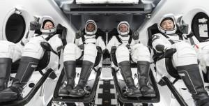 6 Aydır ISS'te Olan Crew-1 Ekibi Dünya'ya Döndü