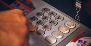 Banka Hesabına Yanlışlıkla 50 Milyar Dolar Yatırıldı