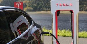 Tesla Yemek İşine Giriyor: 1950'leri Yansıtan Lokanta Açacak