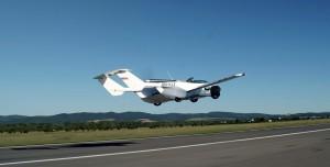 BMW Motorlu Uçan Araba İlk Şehirlerarası Uçuşunu Tamamladı