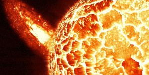 Güneş'ten Fırlayan Parçalar, Dünya'nın Merkezinde Gizleniyor
