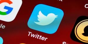 Bilim İnsanları Twitter'ı Kullanarak Geleceği Tahmin Ediyor