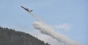 Yangın Söndürme Uçağı Tekne ile Çarpışıyordu! Tekne İzinsiz Açılmış...