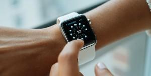 Hırsızlar Apple Watch Kullanarak 500.000 Dolar Çaldı