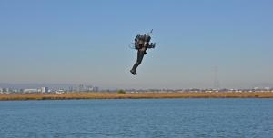 Jetpack'li Adam Los Angeles Semalarına Yeniden Geldi