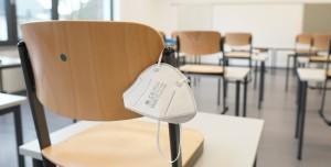 ABD'li Profesör, Öğrencisi Maske Takmadığı İçin İstifa Etti
