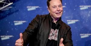 Kanadalı Girişim SpaceX'le Anlaştı: Uzaydan Reklam Yayınlayacak