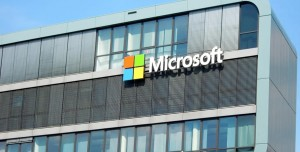 Microsoft Çalışanlarına Aşı Olma Zorunluluğu Getirildi