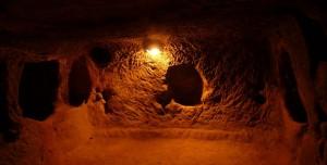 İnsanlık Tarihinde Yer Altında Yaşayan İnsanlar Oldu mu?
