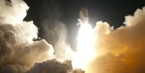 SpaceX Uzay Turizmi İçin İlk Adımı Attı: 4 Kişi Gönderildi!