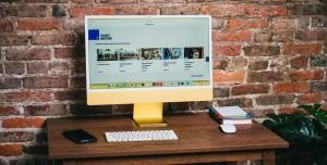 Apple Bir Şeyler Deniyor: Bütünleşik Klavyeli iMac Patenti Alındı