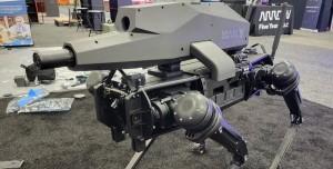ABD'li Şirket Robot Köpeğe Keskin Nişancı Tüfeği Yerleştirdi