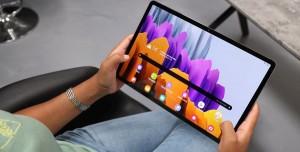 Samsung, Galaxy Tab S8 Ultra'da Çentikli Ekranı Test Ediyor